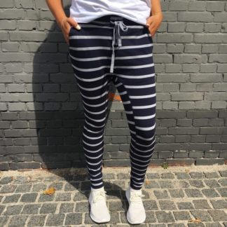 Comfy Copenhagen - Bukser, Beds Are Burning - Navy / Grey Stripe